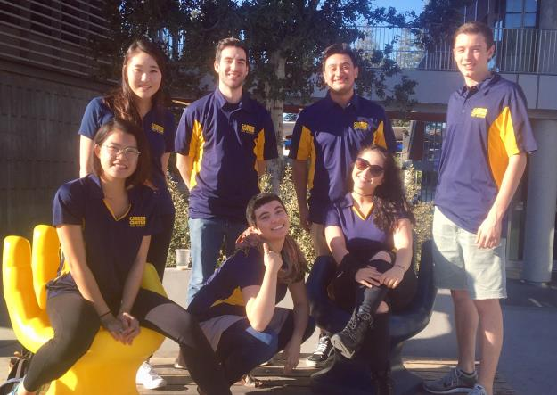 photo of peer advisors